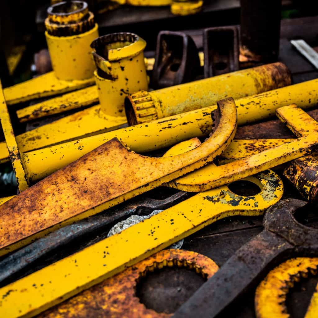 scrapping metal tools