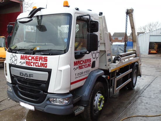 skip hire lorry